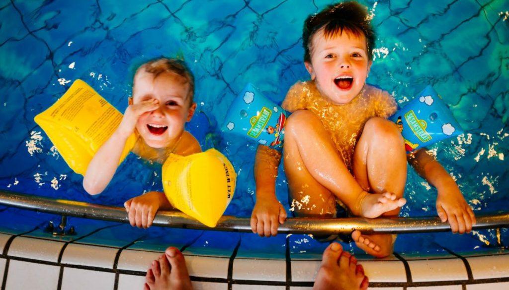 Dziecko bezpieczne nad wodą
